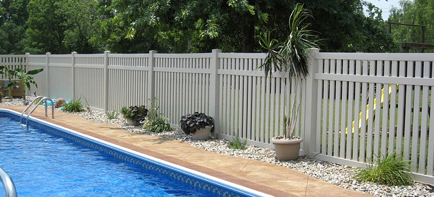 Vinyl Pool Fence Vinyl Semi Privacy Fencing From Vinyl