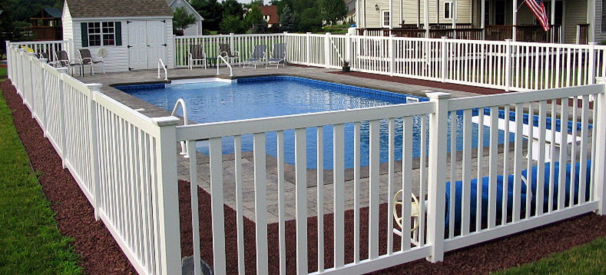Seneca Vinyl Pool fence