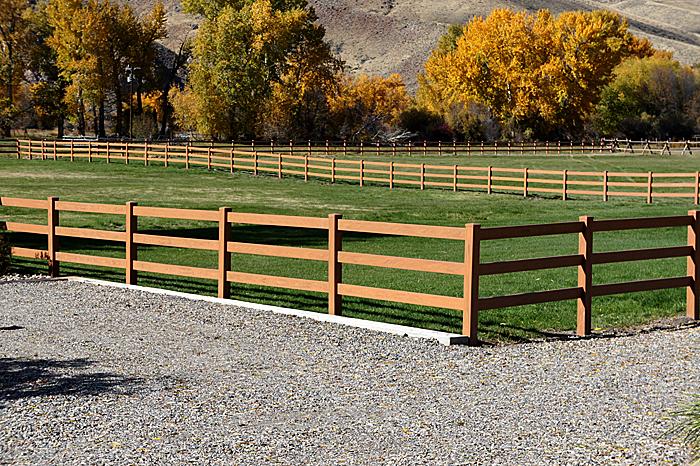Mocha Ranch Fence Vinyl Fence Wholesaler