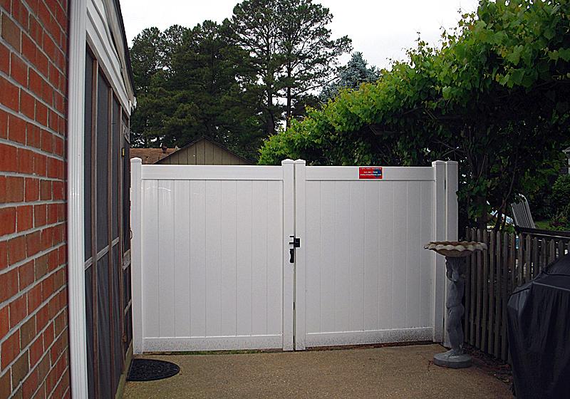 Rainier Privacy Fence Vinyl Privacy Fencing Vinyl Fence