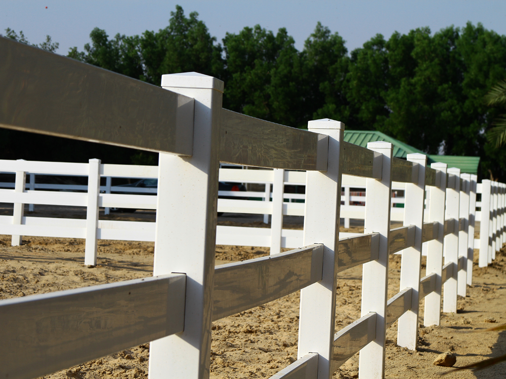 White vinyl pvc horse fence fencing from