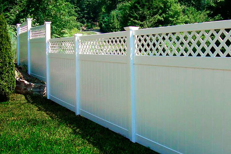 Rainier privacy fence is a commercial grade privacy fence that is perfect for any climate. Rainier Privacy Fencing. Heavy Duty Rainier Privacy Fence Panels Factory Direct Vinyl Fence, Vinyl Fencing. Vinyl Privacy Fence Panels. Fast Shipping! 507-206-4154 www.vinylfenceanddeck.com