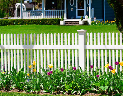 vinyl picket fence and vinyl picket fencing
