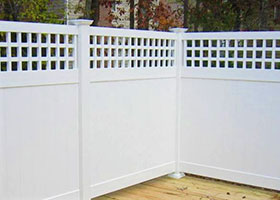 Illinois Vinyl Fencing