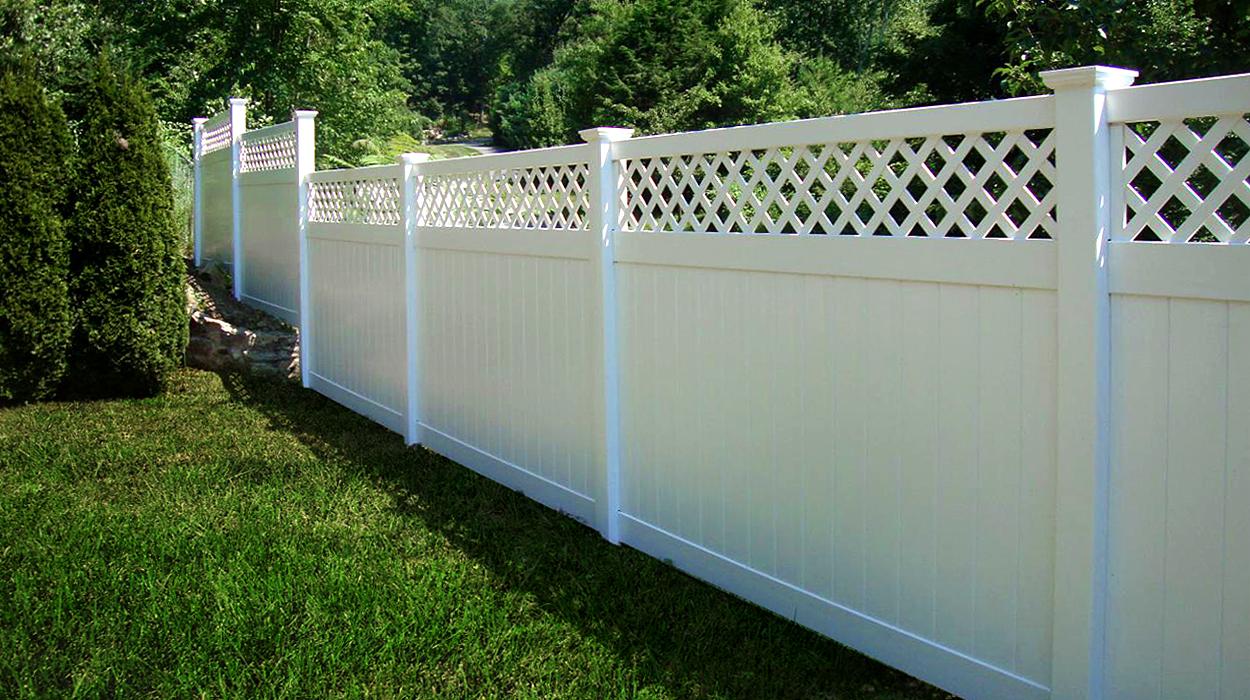 Rainier Lattice Privacy Fence Vinyl Fence Wholesaler