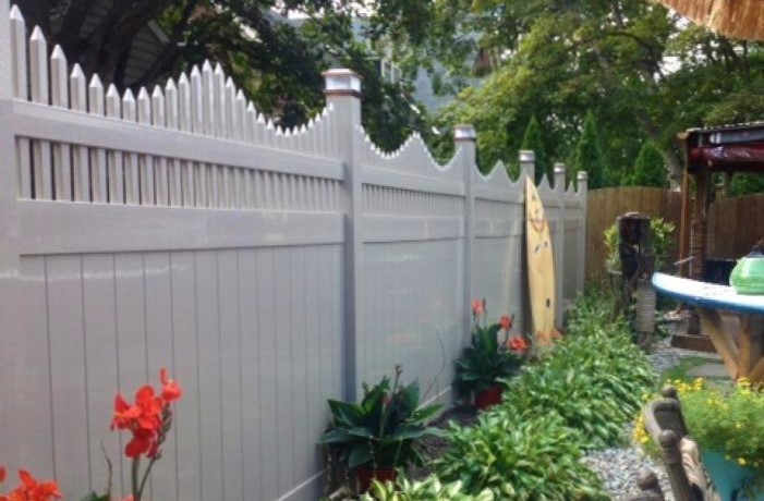our new york vinyl privacy fence panels is commercial grade and perfect for all extreme climates as with all of our products our new york vinyl fencing