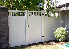 White Texas Privacy Fence