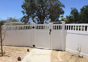Heavy Duty Texas Vinyl Privacy Fence