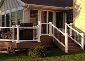 Wholesale Beaumont Vinyl Railing