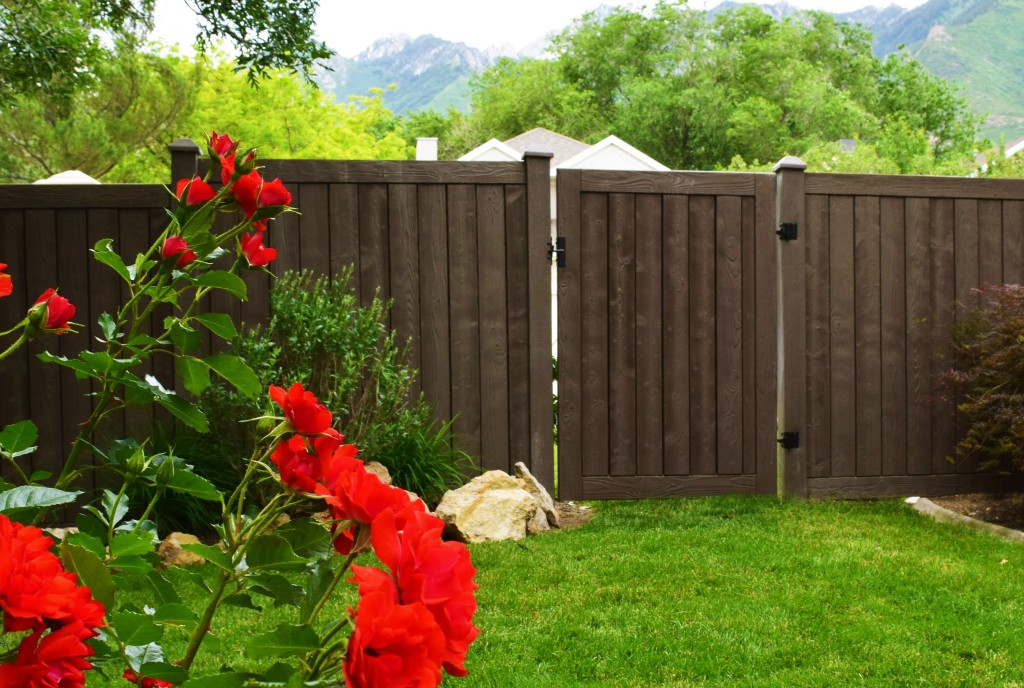 Walnut Brown Ashland Privacy Fence88