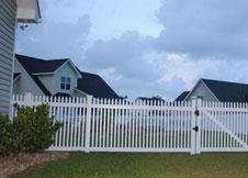 Trenton tan vinyl fence
