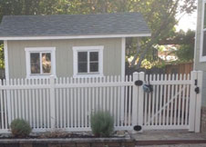 Trenton vinyl picket fence