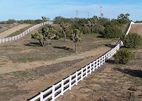vinyl farm fence