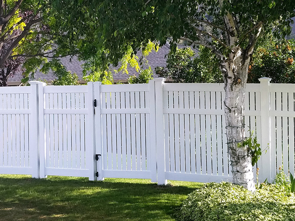 Bel Air Semi privacy fence