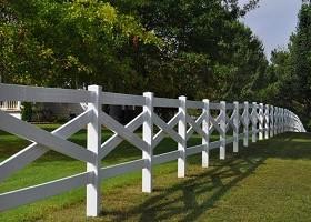 crossbuck pvc fence