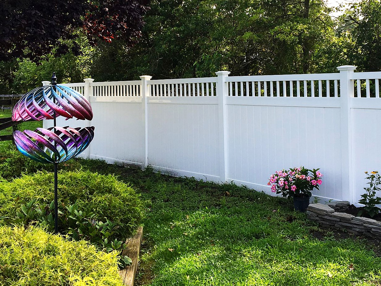 8' Tall Texas Privacy Fence plus Texas Vinyl Fence