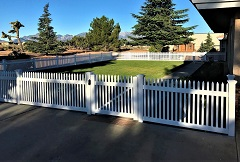 Trenton vinyl picket fencing
